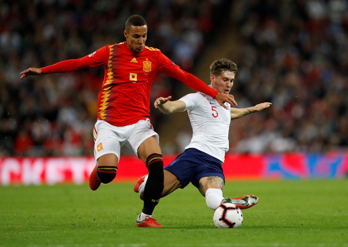 Игроки сборной Испании оказались более удачливыми в матче с Англией на Уэмбли / Reuters