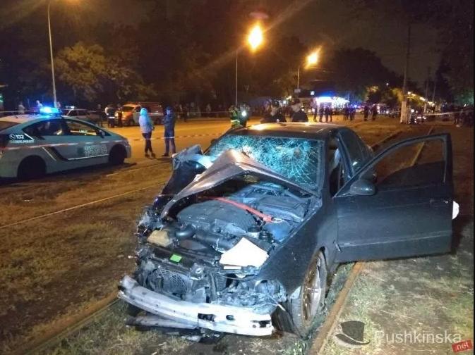 Авария, по разным данным, унесла жизни двоих или троих людей / фото Пушкинская.net