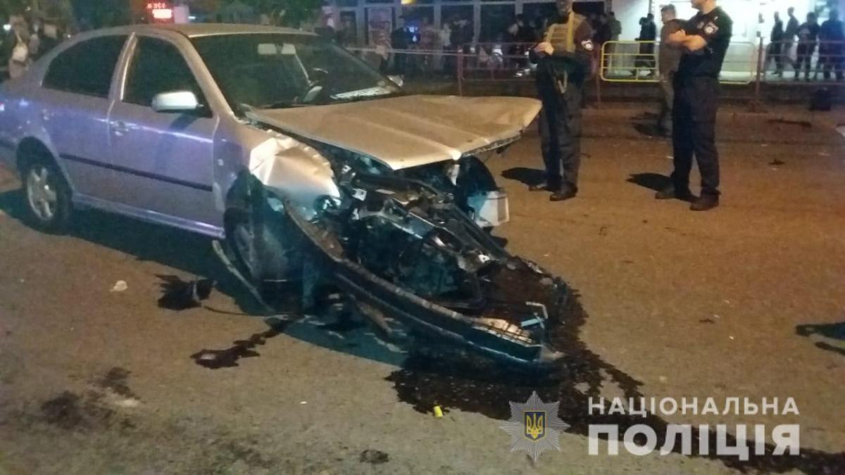 Повідомляється про двох жертв аварії / фото od.npu.gov.ua