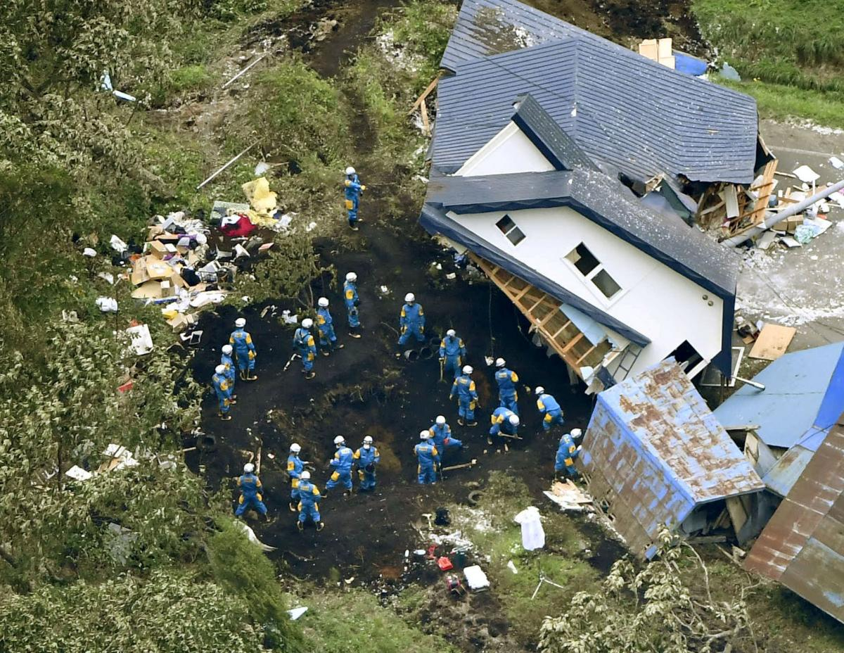 Наслідки землетрусу на японському острові Хоккайдо / REUTERS