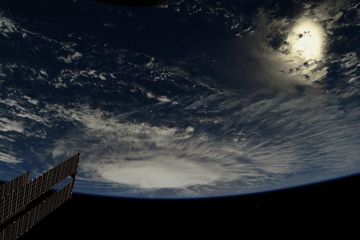 Ураган Флоренція з Міжнародної космічної станції / REUTERS