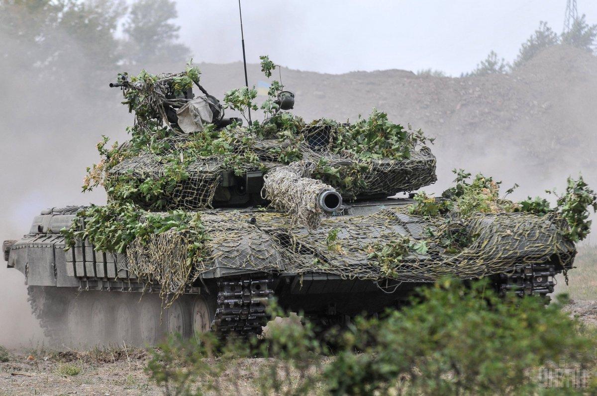 Танкові бригади повністю укомплектовані / фото УНІАН