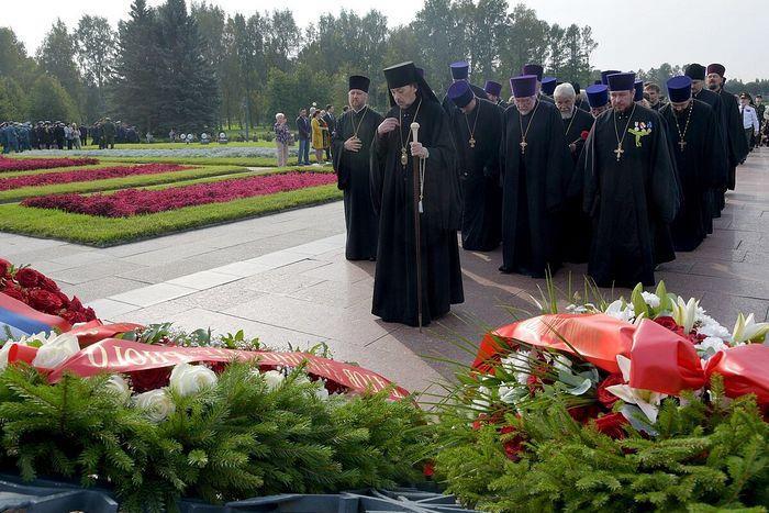 Православні вшанували пам'ять загиблих в ленінградській блокаді /patriarchia.ru