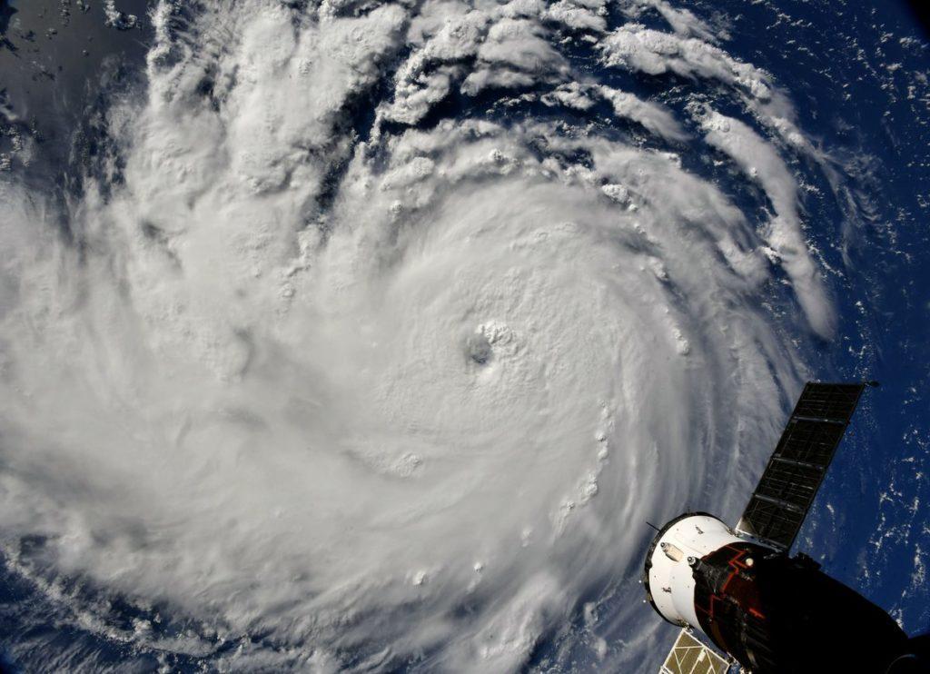 """Шторм """"Флоренс"""" обіцяє бути найпотужнішим за останні 30 років \ NASA"""