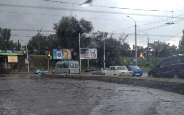 Злива затопила Запоріжжя / gazeta.zp.ua