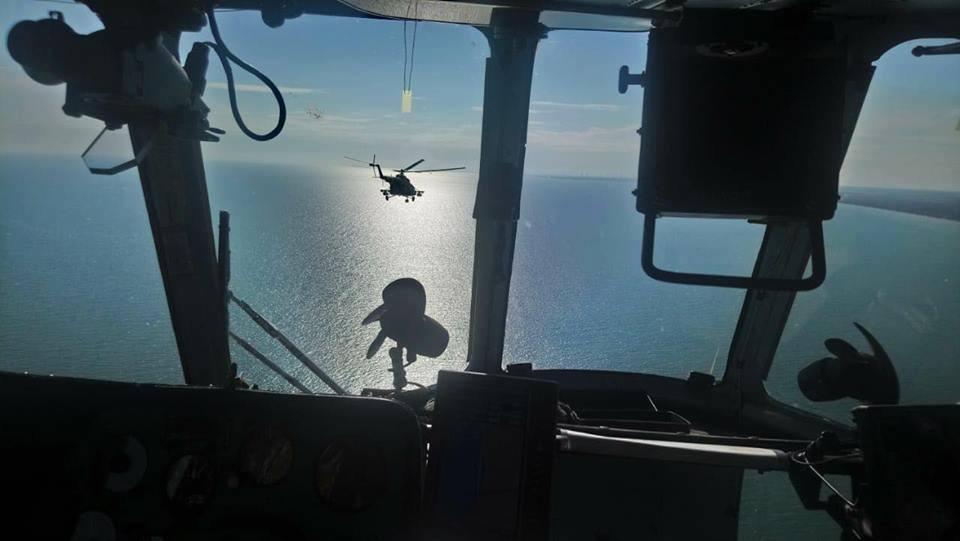 Военные усилили позиции вдоль побережья Азовского моря / фото facebook.com/smpopko.ksv
