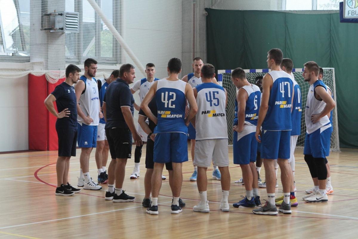 Сборная Украины завершает подготовку к матчу с Испанией / fbu.ua