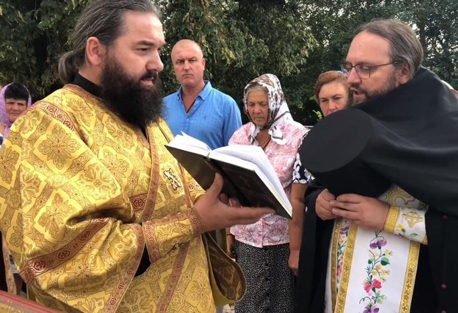 В селе под Нежином состоялся молебен перед началом возрождения разрушенной колокольни / orthodox.cn.ua