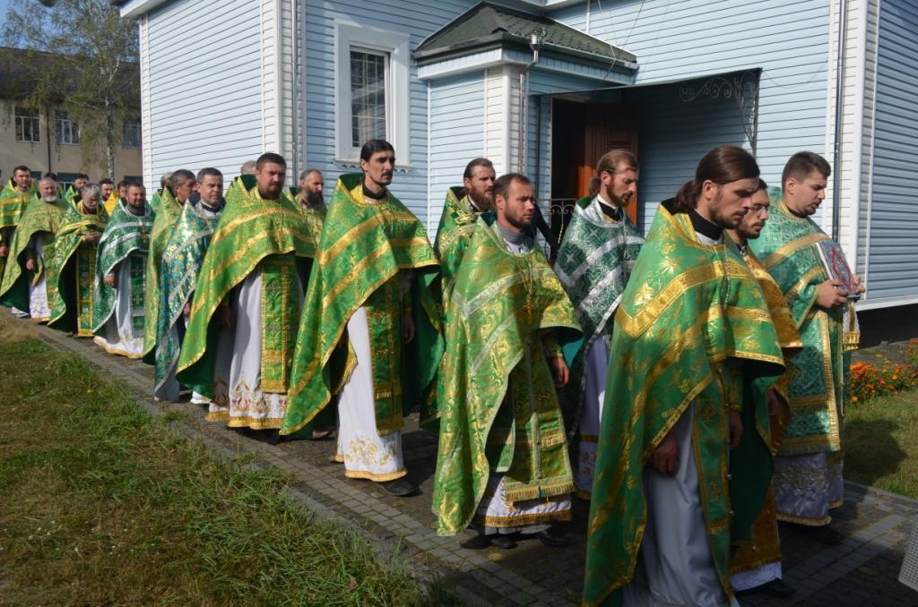 / sarny.church.ua