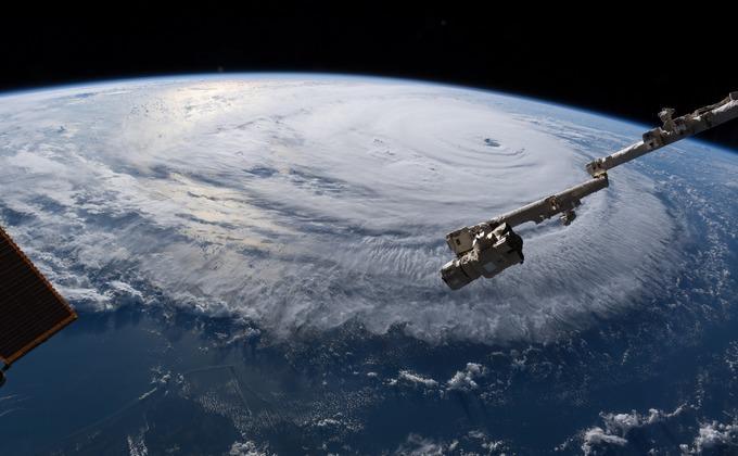 Шторм надвигается на США \ фото астронавтаАлександераГерста