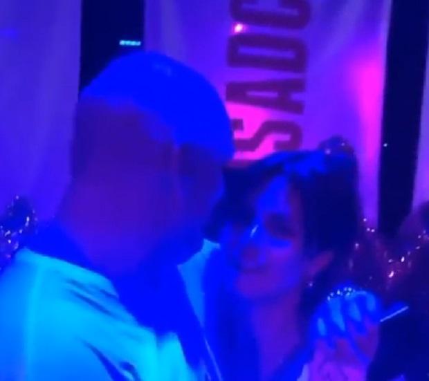 Потапа и Настю застали, когда они обнимались / Скриншот