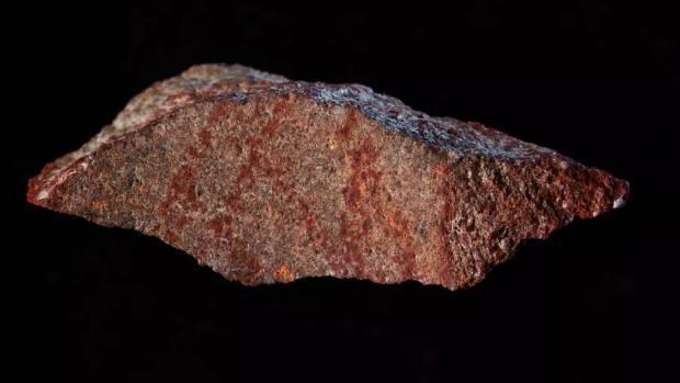 В пещере нашли загадочный древний знак / CRAIG FOSTER