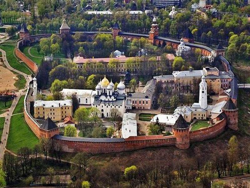 Знахідки були зроблені між Софійським собором та Грановитоюпалатою / blagovest-info.ru