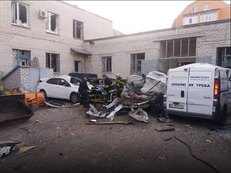У центрі Кременчука вибухнув мікроавтобус, водій загинув / фото kremen.today
