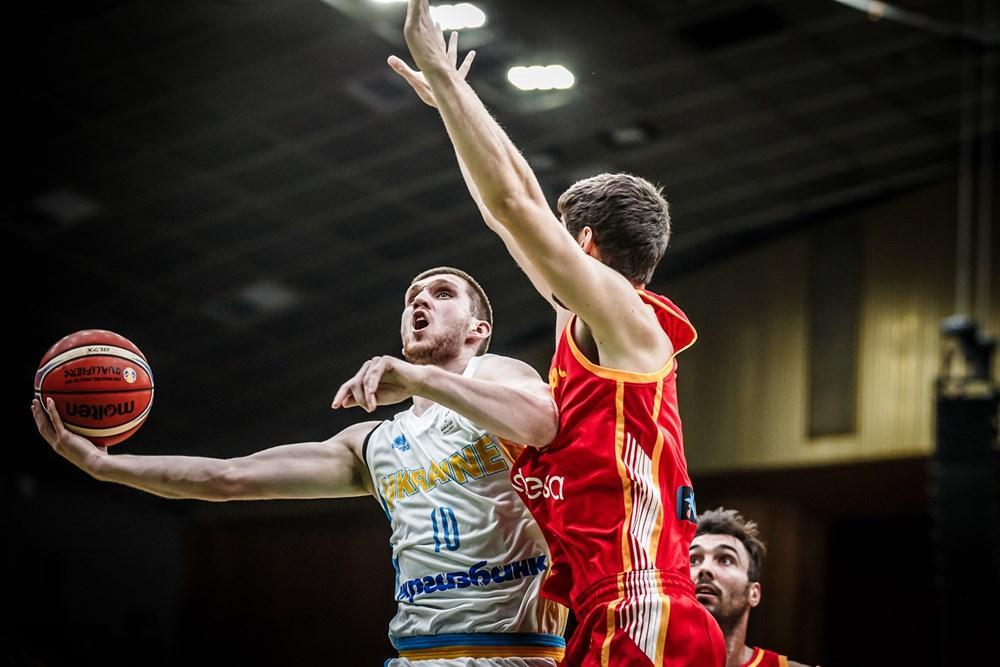 Михайлюк набрав 19 очок у матчі проти збірної Іспанії / fiba.basketball