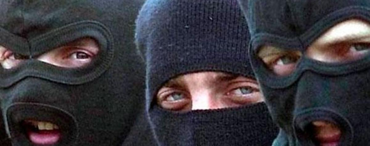 Молодчики в балаклавах снова атаковали недостроенный баптистский храм / tsn.ua