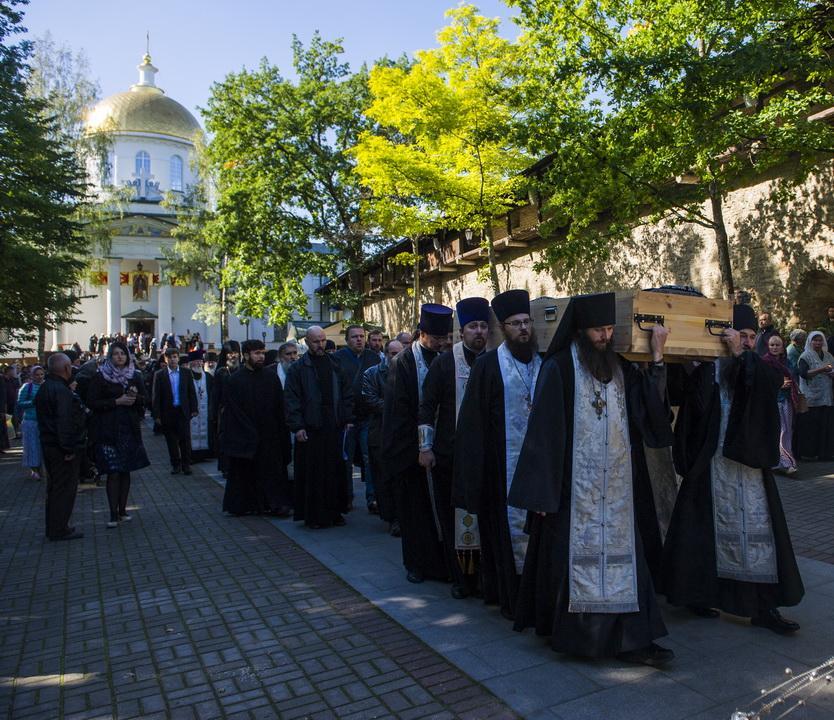 У Псково-Печерському монастирі попрощалися з колишнім намісником архімандритом Тихоном / monasterium.ru