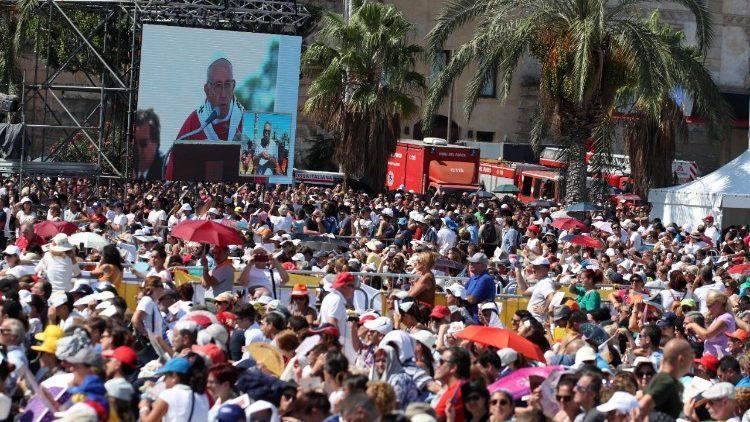 Папа Римський прибув до Палермо, столиці Сицилії / vaticannews.va