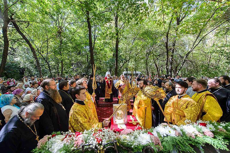 Православні відзначили 100-річчя від дня мучеництва єпископа (Белолікова) / patriarchia.ru