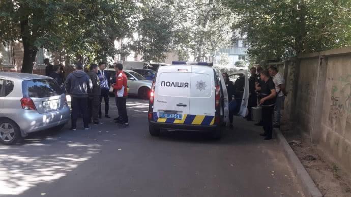 В полиция опровергла информацию о штурме / фото Эльдар Сарахман, УП
