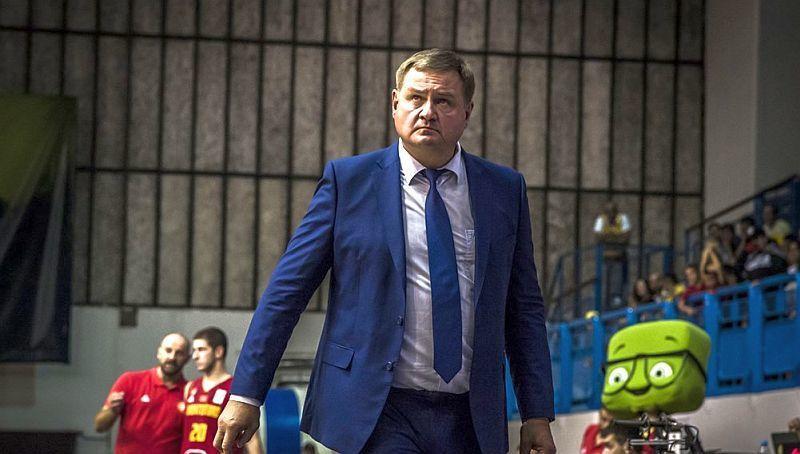 Мурзин пожаловался на качество игры своих подопечных в матче против Черногории / fbu.ua