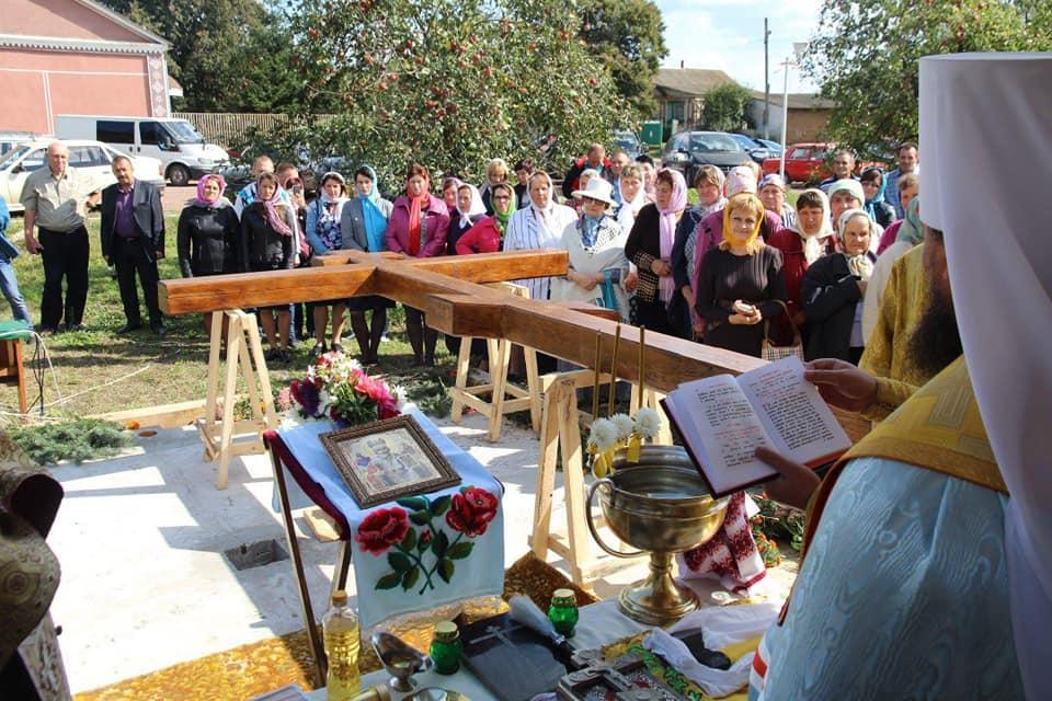 На Житомирщині освятили місце під будівництво нового храму / zhytomyr-eparchy.org
