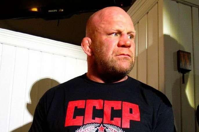 Боец MMA Монсон после избрания в РФ депутатом заявил о несогласии с политикой