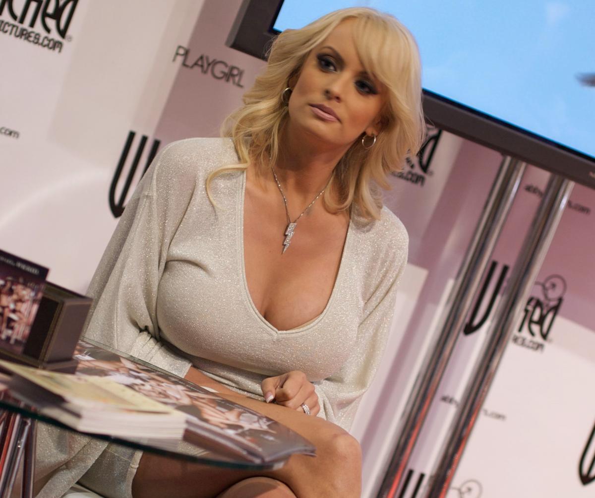 Скандал с украинской порно актрисой