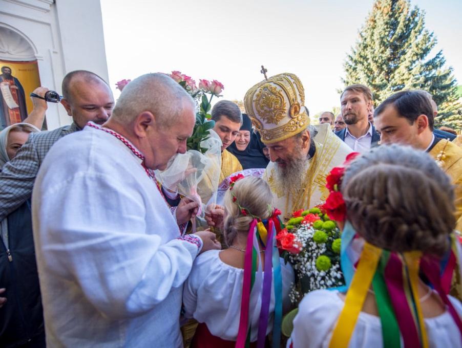 Митрополит Онуфрій очолив святкове богослужіння у Чернігові / news.church.ua