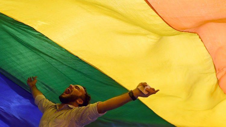 Индийское ЛГБТ-сообщество празднует решение Верховного суда/ vaticannews.va