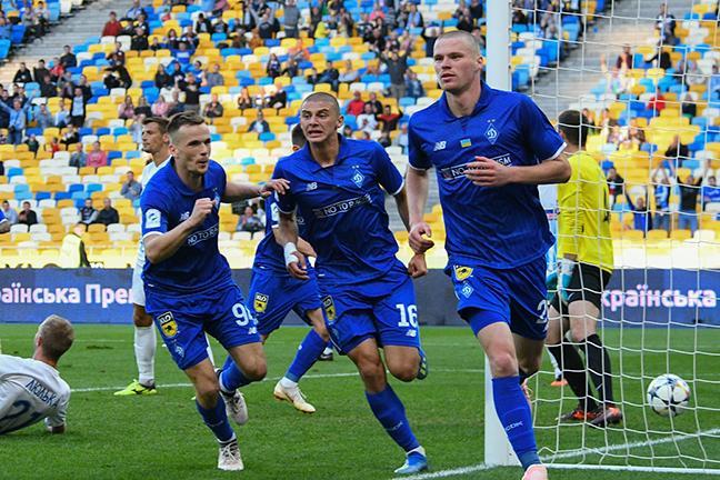 Динамо уверенно обыграло Десну и прервало 6-матчевую серию без побед / fcdynamo.kiev.ua