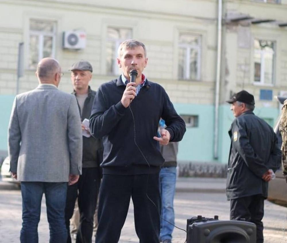 У центрі Одеси зловмисники стріляли у відомого активіста ОлегаМихайлика / фото Думская