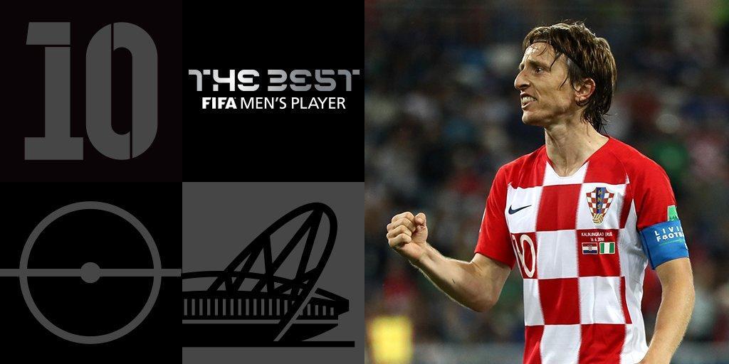 Лука Модрич признан лучшим игроком сезона 2017/18 / twitter.com/FIFA