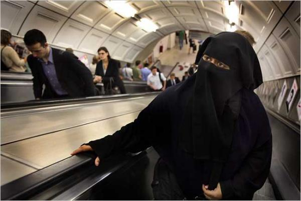 Еще в одном швейцарском кантоне запретят никаб / islam-today.ru