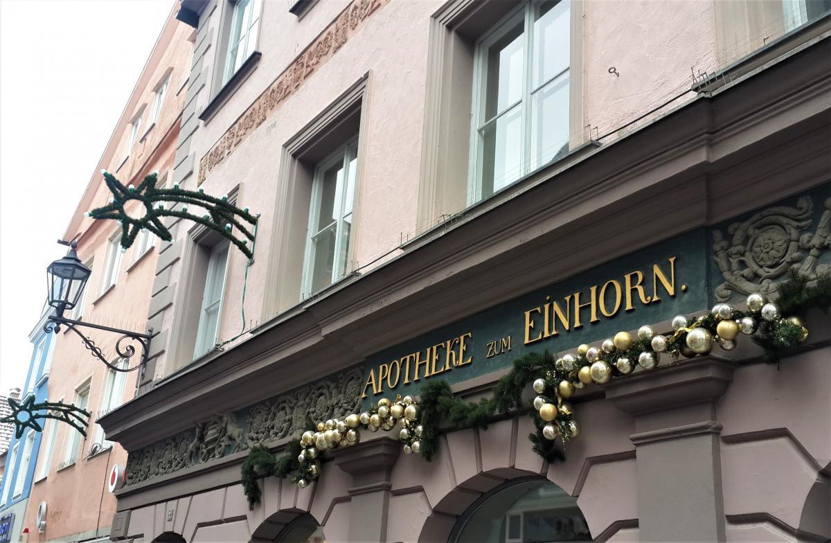 Европейцы с особым энтузиазмом украшают свои дома и магазины / Фото Марина Григоренко