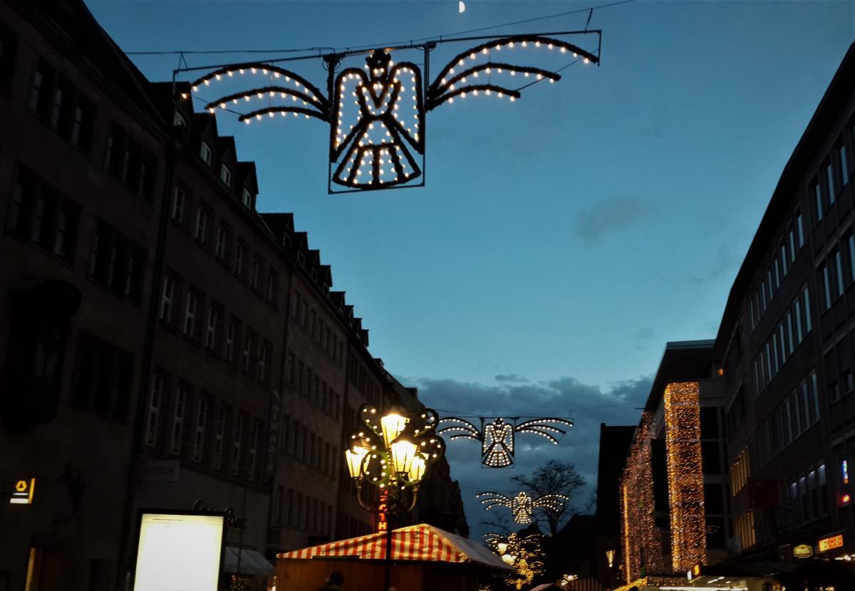После 23 декабря большинство ярмарок в Европе сворачиваются / Фото Марина Григоренко