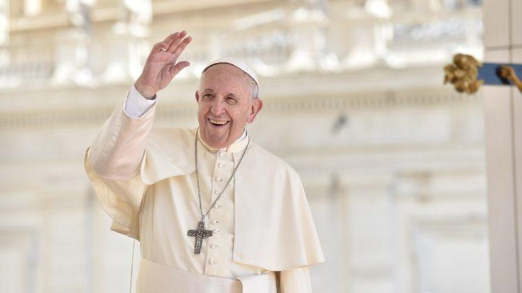 Папа Франциск оприлюднив послання католикам Китаю / vaticannews.va