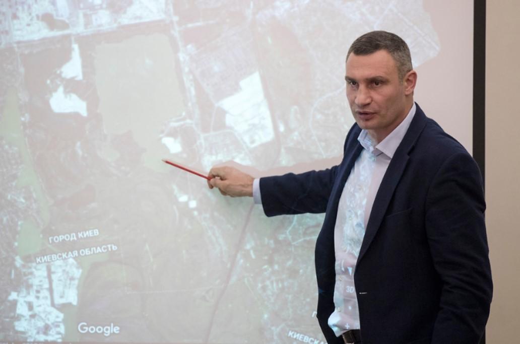 Кличко вимагає від забудовника зупинити конфліктне будівництво на Осокорках до рішення суду / kyivcity.gov.ua