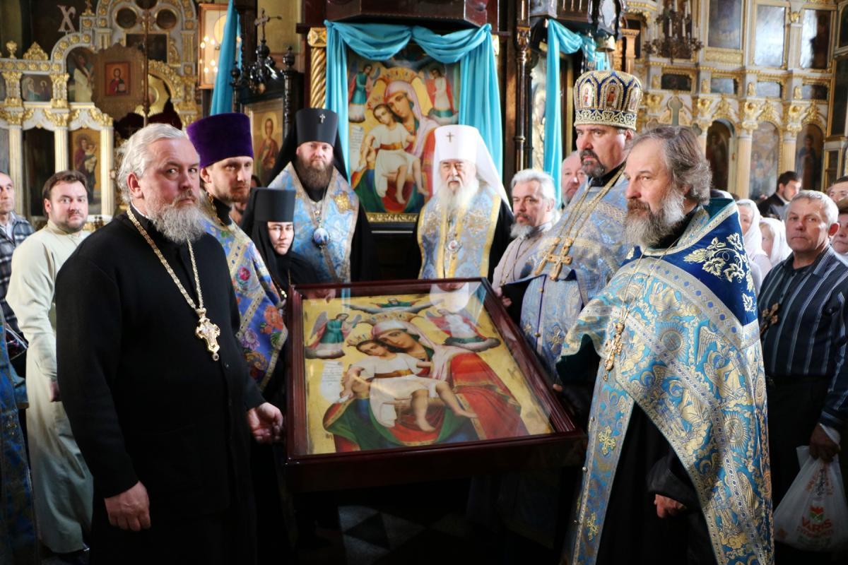 У монастир на Дніпропетровщині старовинну ікону повернули майже через 90 років / eparhia.dp.ua