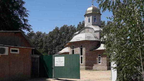 У ніч на 19 червня в Мелітополі невідомі пограбували храм Святого Пантелеймона, при цьому вбивши престарілого сторожа / ria-m.tv