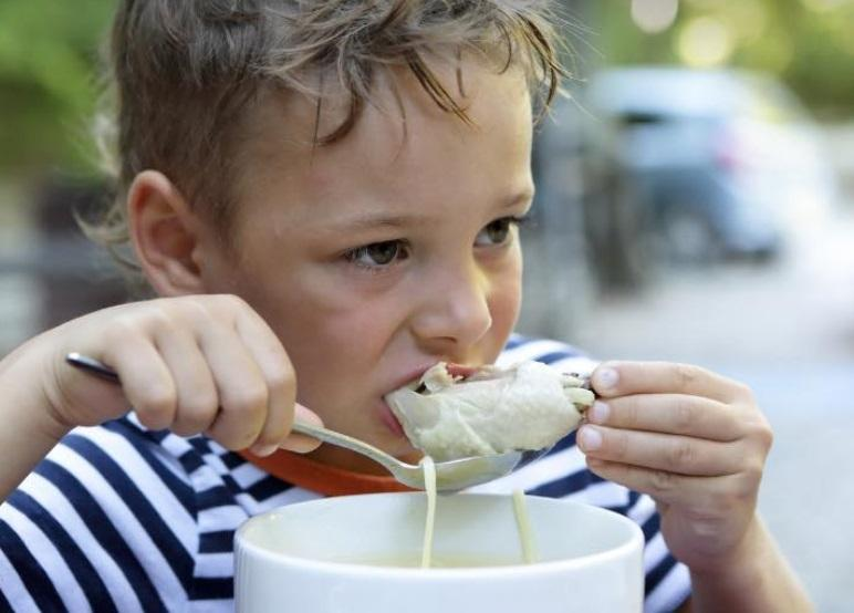 Супрун розповіла про те, чи потрібно їсти суп / фото facebook.com/ulanasuprun