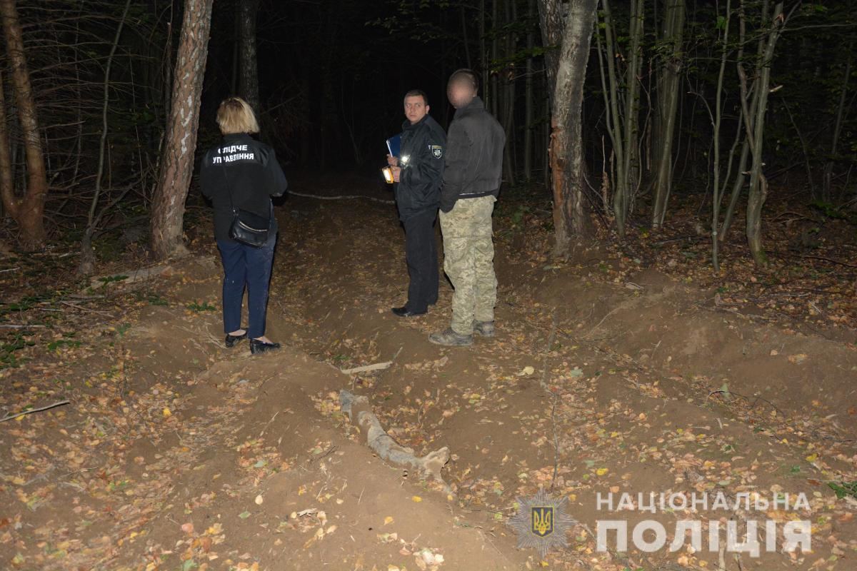 На Закарпатті грибник застрелив чоловіка, думаючи, що то тварина / фото zk.npu.gov.ua