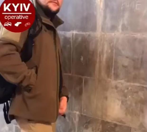 izvrashenstvo-devushek-video-porno-tolstaya-soset-tolstiy-chlen