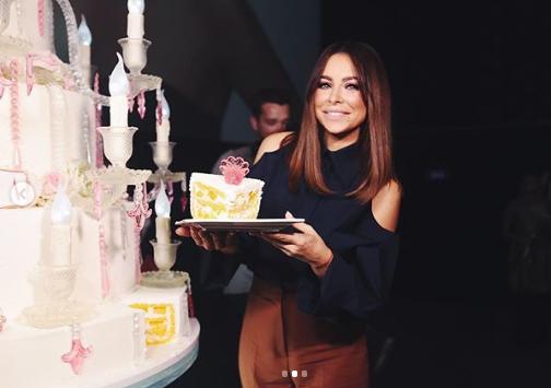 На день рождения Лорак заказала огромный торт / Instagram Ани Лорак