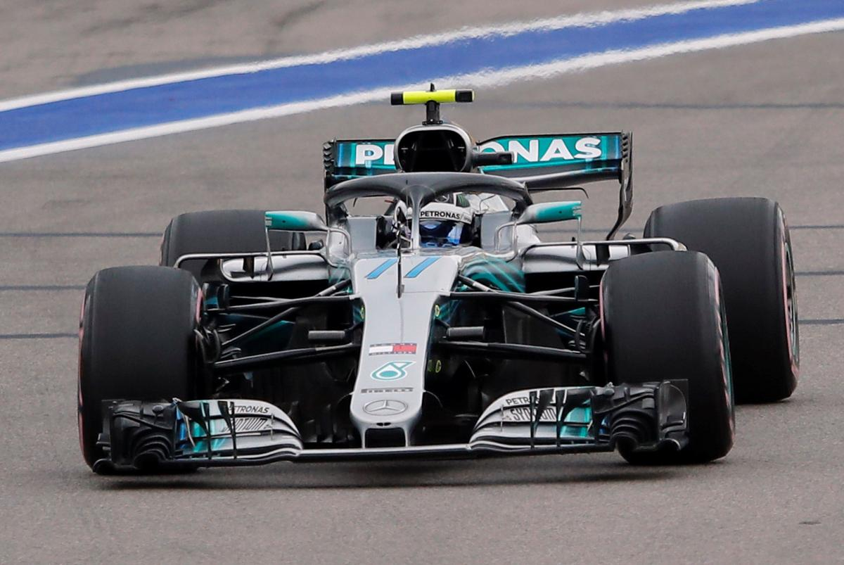 Боттас выиграл квалификацию Гран-при России в Сочи / Reuters