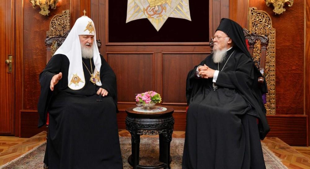 Рішення за підсумками зустрічі в Стамбулі Патріарха Московського і всієї  Русі Кирила та Патріарха Константинопольського Варфоломія будуть прийматися  ... f9f47cc87ccba