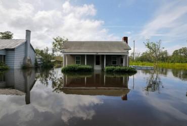 """Кількість жертв урагану """"Флоренс"""" у США перевищила 30 осіб"""
