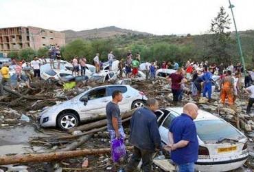 Во время внезапного наводнения в Алжире погибли три человека