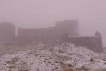 Прощавай, літо: в Україні випав перший сніг (фото)