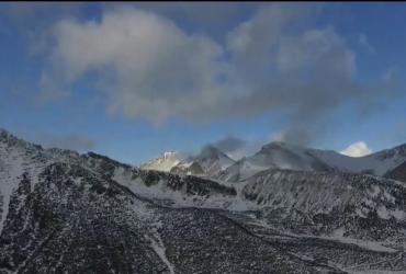 Гори Словаччини несподівано засипало снігом